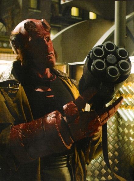 hellboy2biggun.jpg