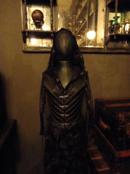 harry-potter-diagon-alley-borgin-and-burkes-costume