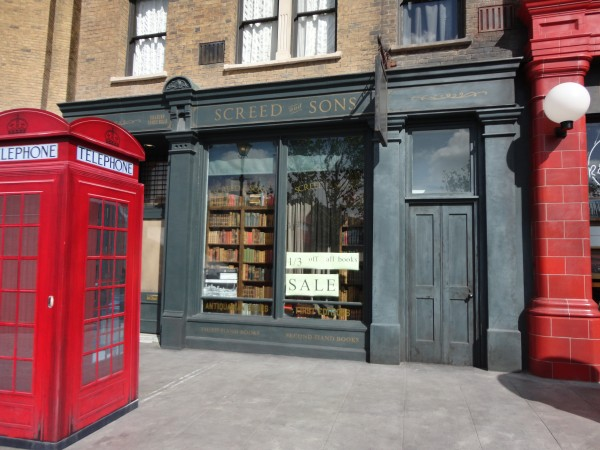 harry-potter-diagon-alley-london-1
