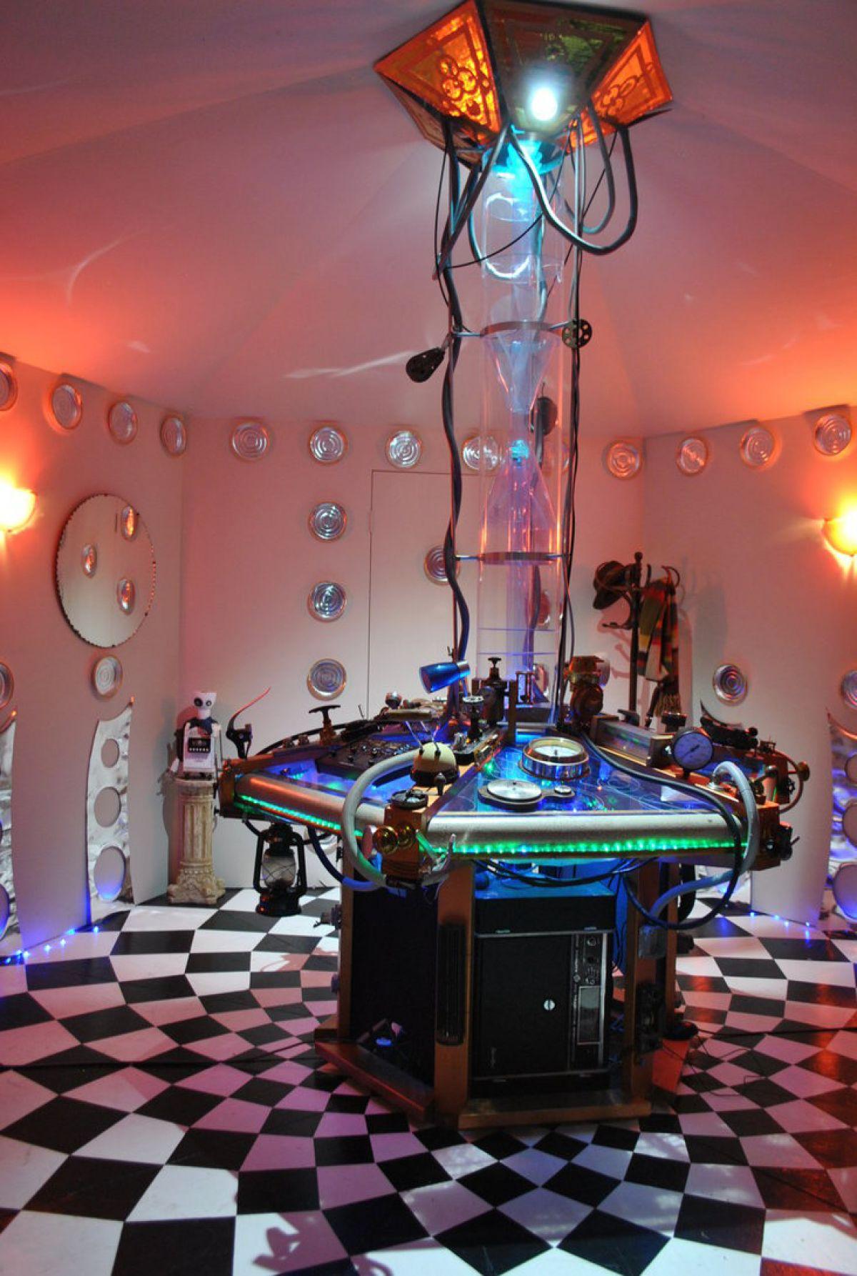 Habitación que simula ser la nave Tardis del Doctor Who