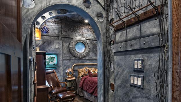 Habitación que recrea el submarino de 20.000 leguas de viaje submarino