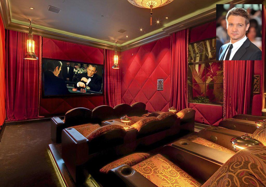 Sala de cine del actor jeremy renner