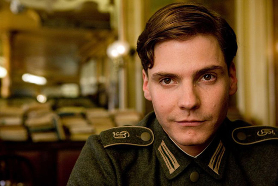 daniel-bruhl-civil-war