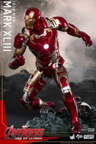 avengers-age-of-ultron-iron-man-suit-hot-toys-6