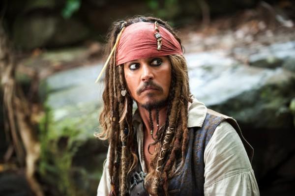 johnny-depp-pirates-of-the-caribbean-5