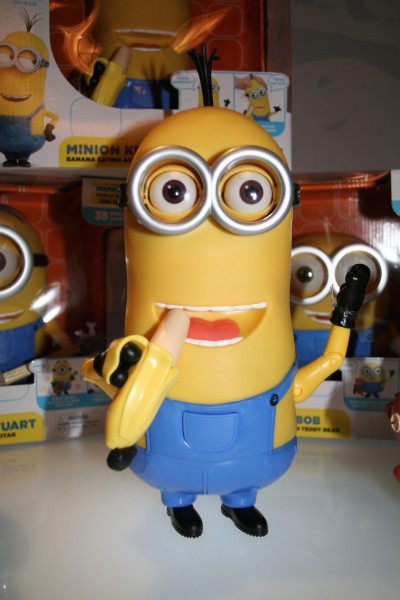 minions-action-figures-kevin