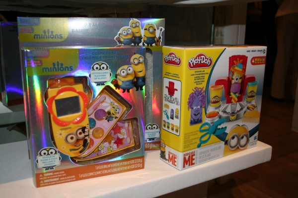 minions-play-doh-cosmetics-set