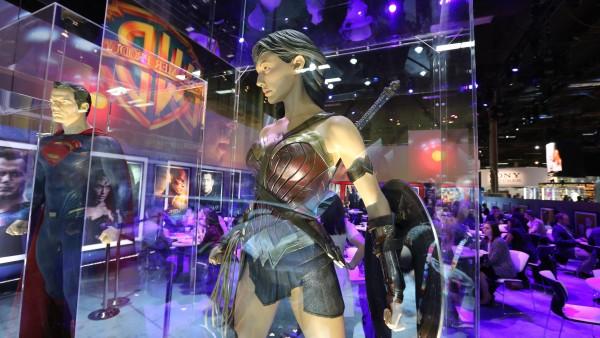 superman-costume-wonder-woman-costume-batman-vs-superman