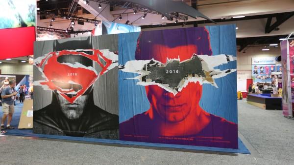 comic-con-2015-convention-floor-picture-image (41)