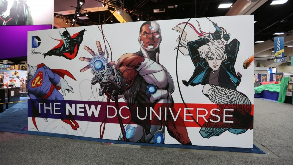 comic-con-2015-convention-floor-picture-image (43)