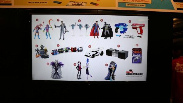 comic-con-2015-convention-floor-picture-image (52)