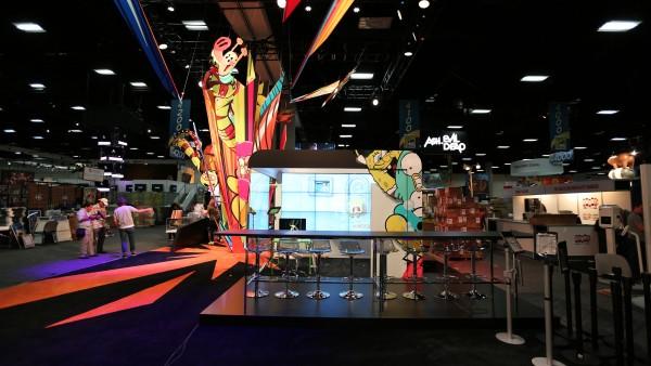 comic-con-2015-convention-floor-picture-image (9)