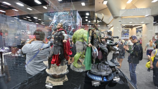hot-toys-sideshow-collectibles-booth-picture-comic-con (39)