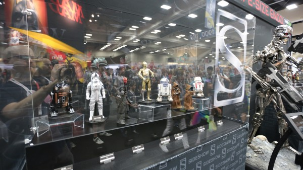 hot-toys-sideshow-collectibles-booth-picture-comic-con (43)