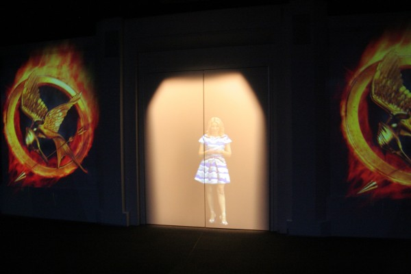 hunger-games-experience-welcome-room-elizabeth-banks