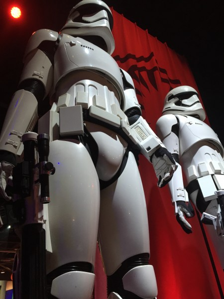 star-wars-episode-7-storm-troopers-detail
