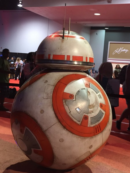 star-wars-the-force-awakens-bb8-d23