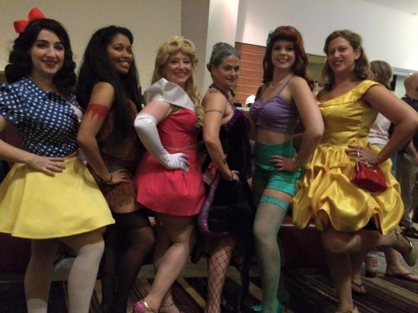 dragon-con-girls
