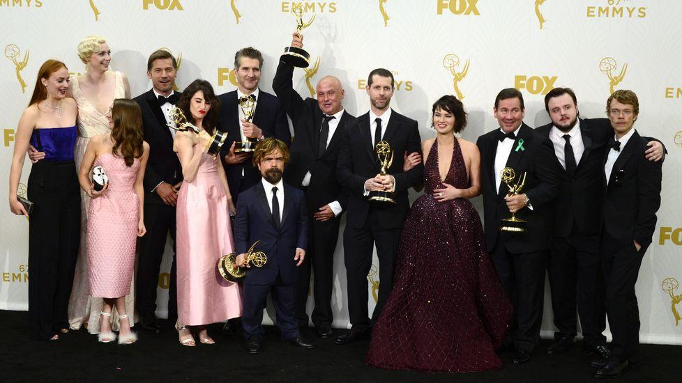 El equipo de Juego de Tronos celebra su triunfo en los Emmy