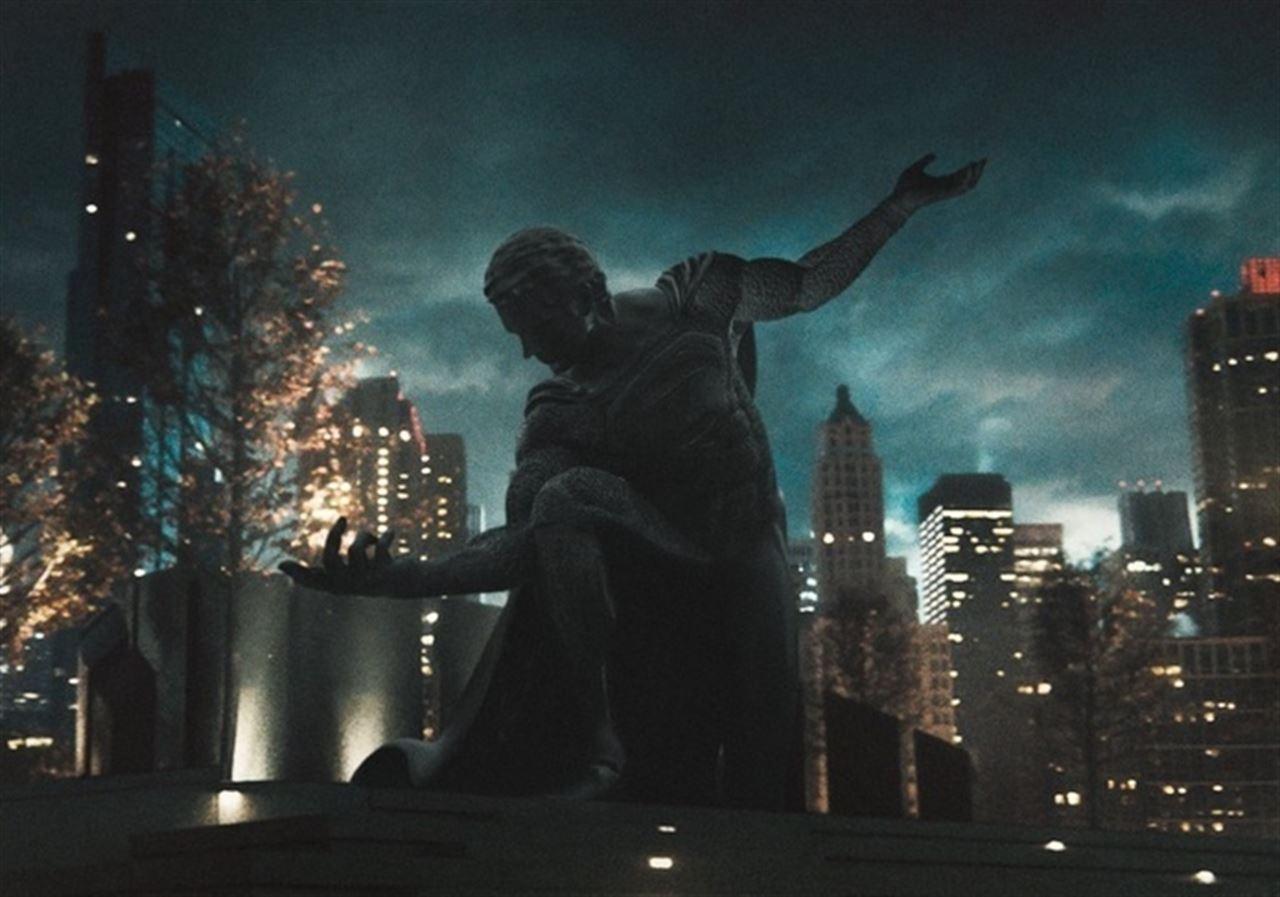 Estatua de Superman en Batman v Superman