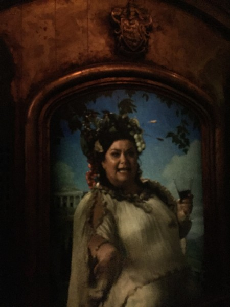 wizarding-world-of-harry-potter-fat-lady-portrait
