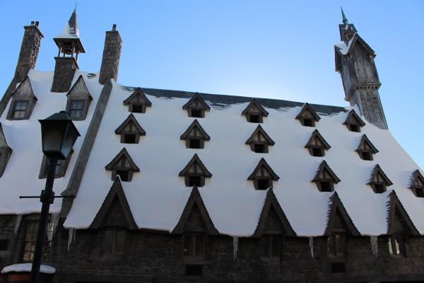 wizarding-world-of-harry-potter-hogsmeade-4