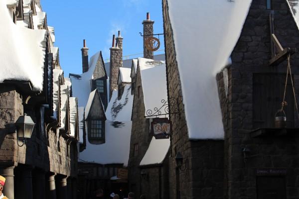 wizarding-world-of-harry-potter-hogsmeade-40