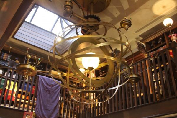 wizarding-world-of-harry-potter-hogsmeade-dervish-and-banges-7