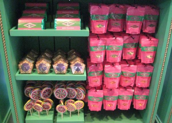 wizarding-world-of-harry-potter-honeydukes-candy