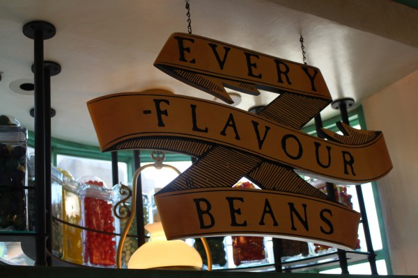 wizarding-world-of-harry-potter-honeydukes-every-flavour-beans