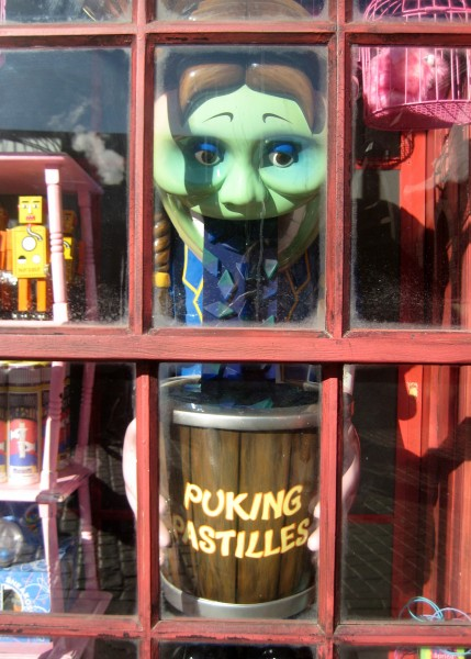 wizarding-world-of-harry-potter-puking-pastilles