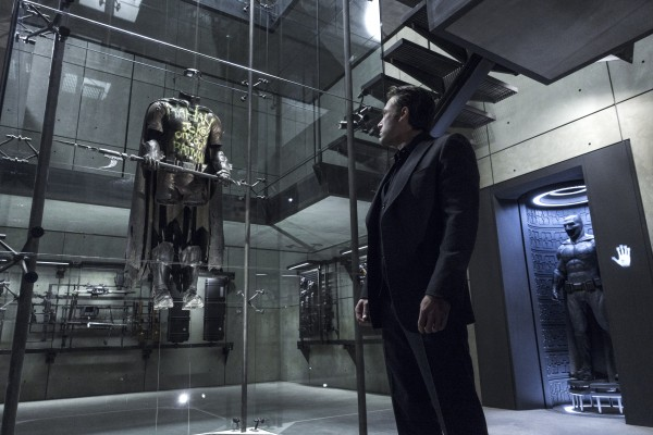 ben-affleck-robin-suit-batman-vs-superman