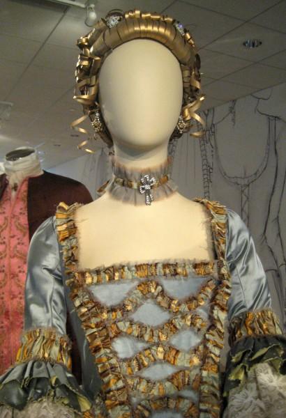 outlander-exhibit-13