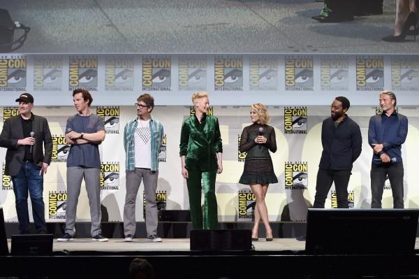 marvel-comic-con-doctor-extraño-cast-1
