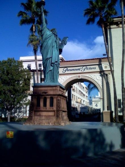 estatuaparamount2.jpg