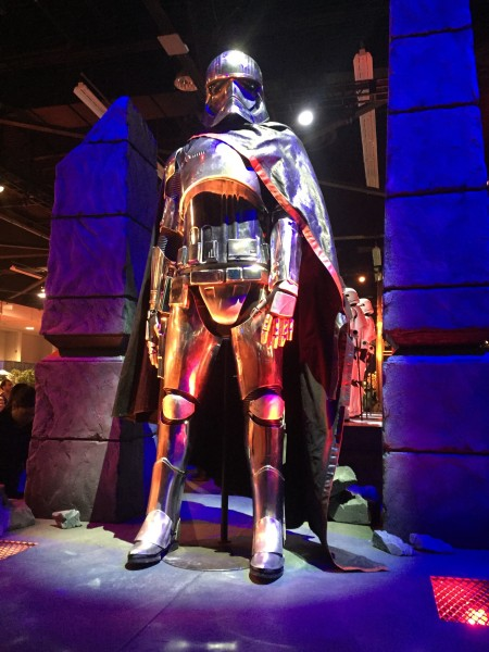 captain-phasma-costume