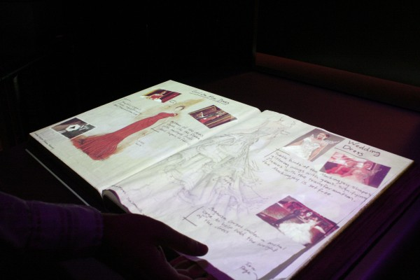 hunger-games-experience-costume-sketches-5