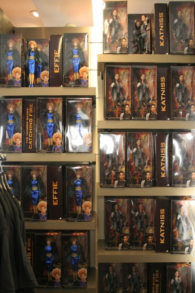 hunger-games-experience-gift-shop-2
