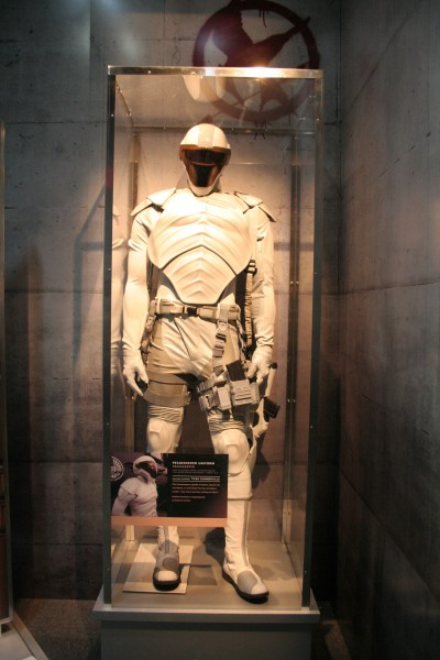 hunger-games-experience-peacekeeper