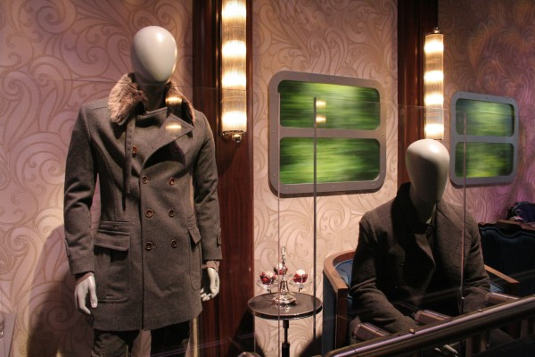hunger-games-experience-train-3