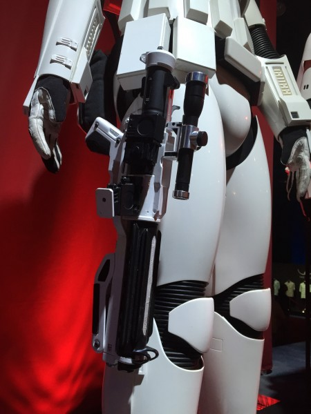 star-wars-7-force-awakens-first-order-storm-trooper-detail