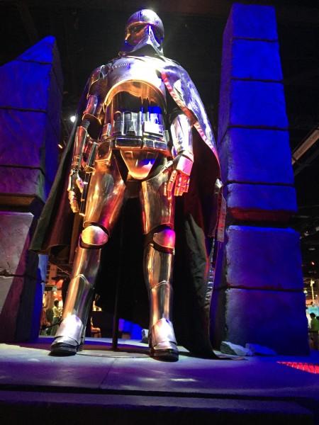 star-wars-episode-7-captain-phasma-costume