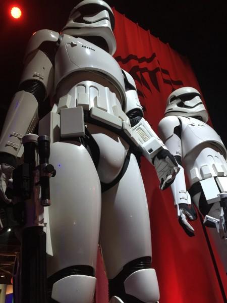 star-wars-episode-7-storm-troopers-detail