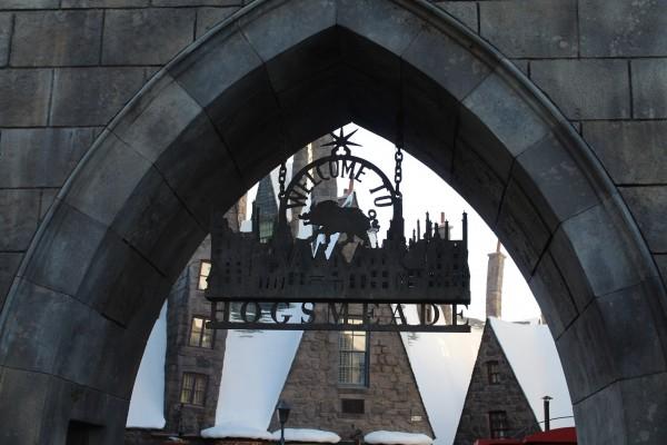 wizarding-world-of-harry-potter-hogsmeade-23