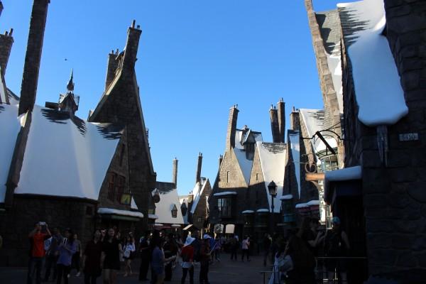 wizarding-world-of-harry-potter-hogsmeade-28