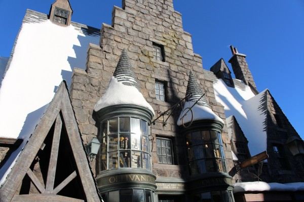 wizarding-world-of-harry-potter-hogsmeade-32