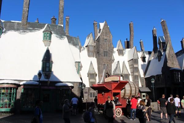 wizarding-world-of-harry-potter-hogsmeade-41